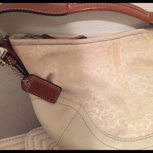 Shoulder Beige Color Coach Bag